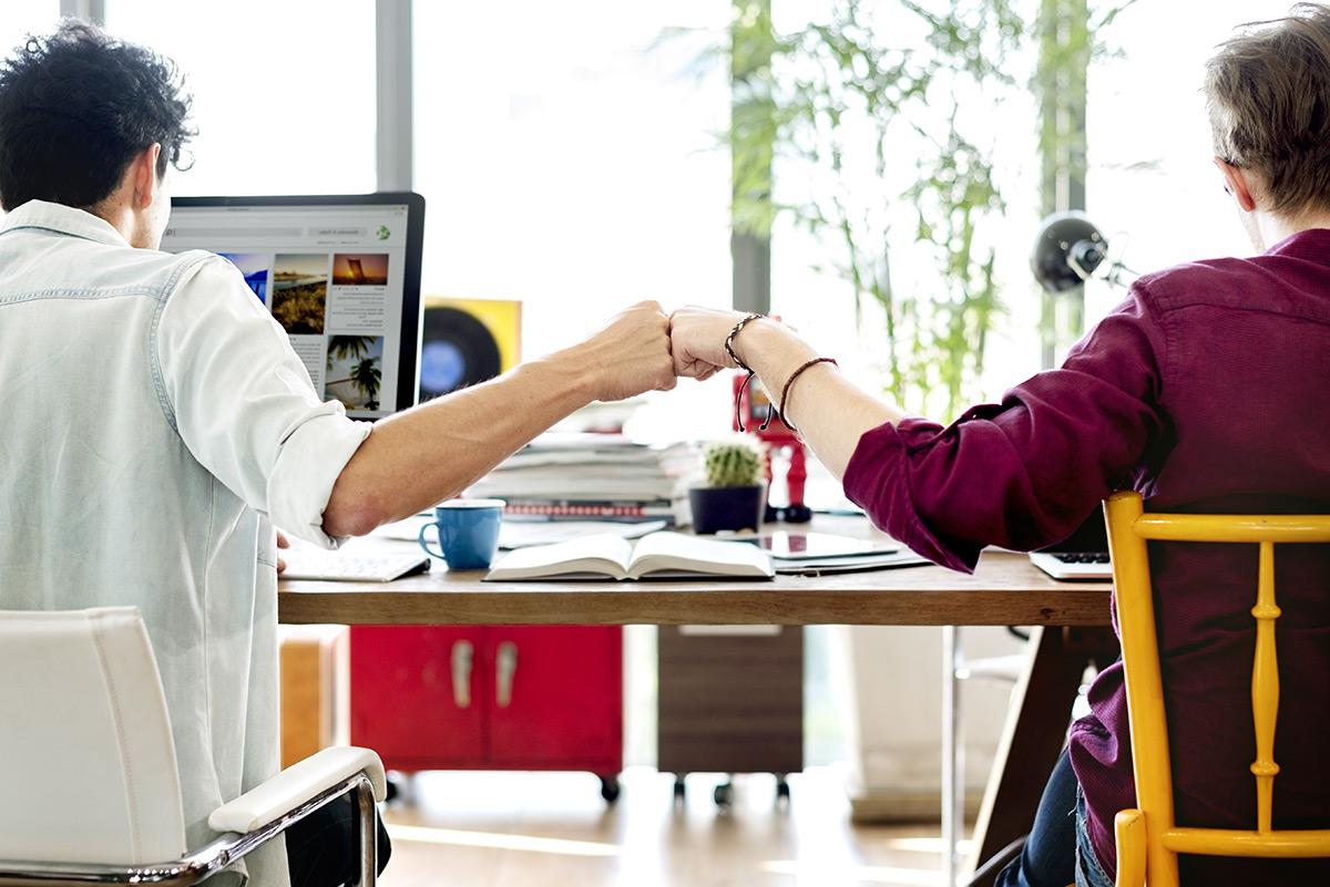 6 ข้อ อบรม พนักงานใหม่  |  สิ่งที่พนักงานใหม่ ควรรู้  |   ปฐมนิเทศ  Snack Box - Phoenix Lava
